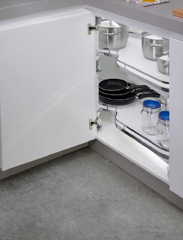 Detalle de mueble de cocina para rincón cerrado