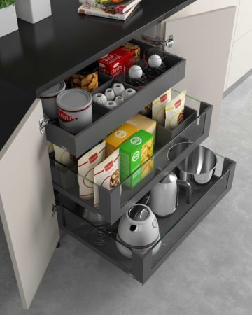 Detalle de cajones de cocina de almacenaje