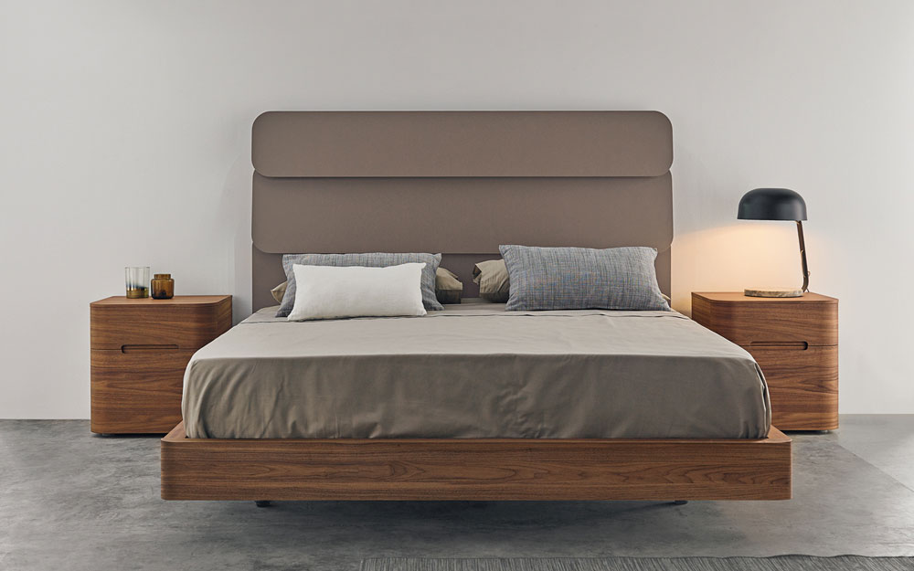 ambiente de dormitorio de matrimonio 11-0002 cabecero lacado moca vista frontal