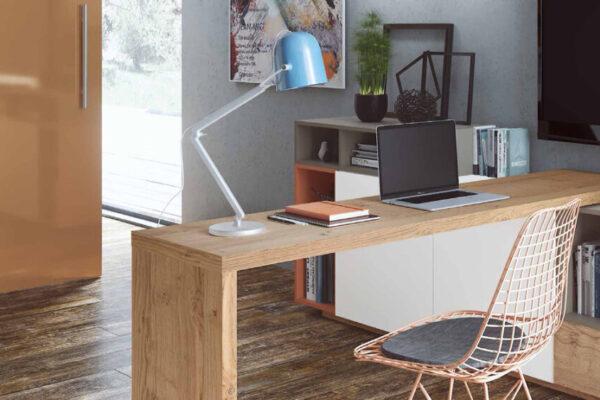 Escritorio integrado en salón 13a-0002 madera vista de detalle