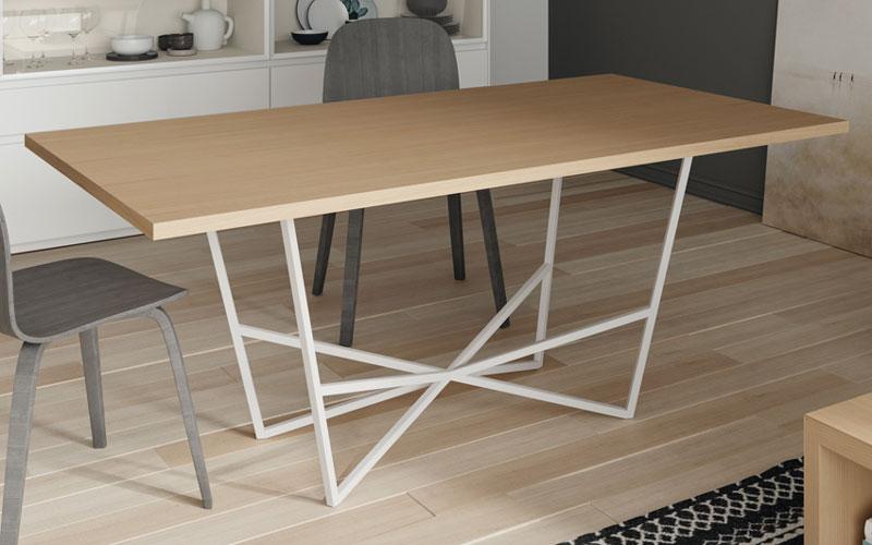 Mesa de comedor 14b-0001 roble con patas blancas vista general