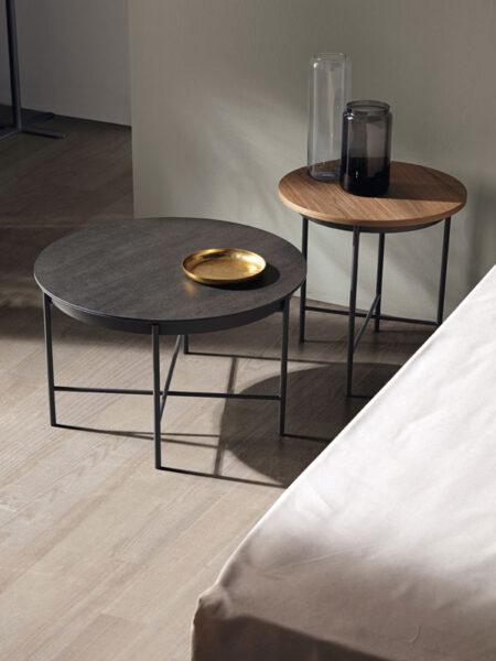 mesas auxiliares de dormitorio matrimonio 11-0002 color marrón y negro vista detalle