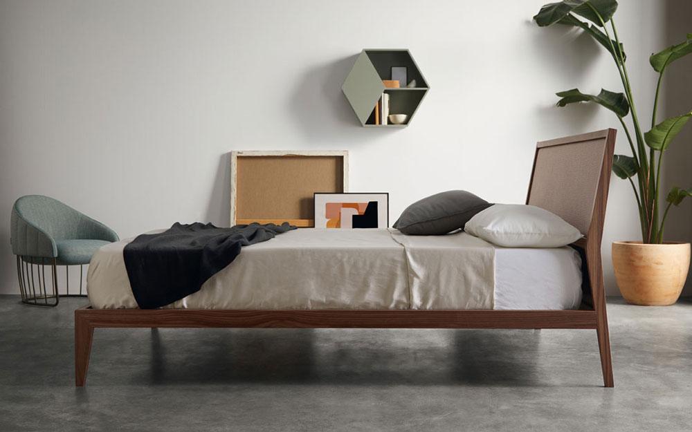 ambiente de dormitorio matrimonio 11-0003 acabado american walnut vista lateral