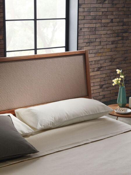cabecero de dormitorio de matrimonio 11-0003 con acabado american walnut vista detalle frente
