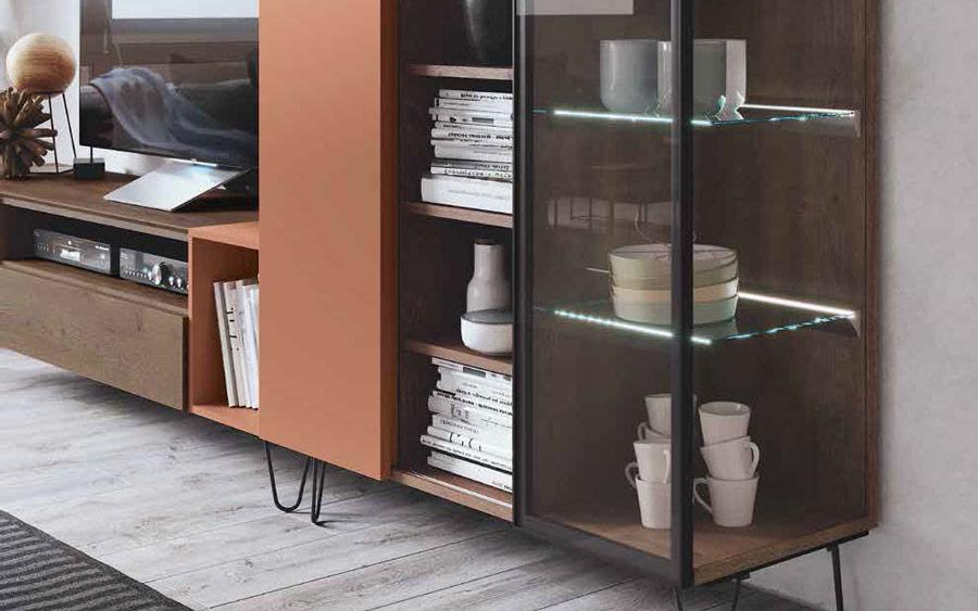 Aparador con vitrina 14c-0004 negro naranja y madera vista ambiente