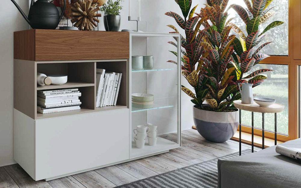 Aparador y vitrina de salón 14c-0006 madera blanco y beige vista ambiente