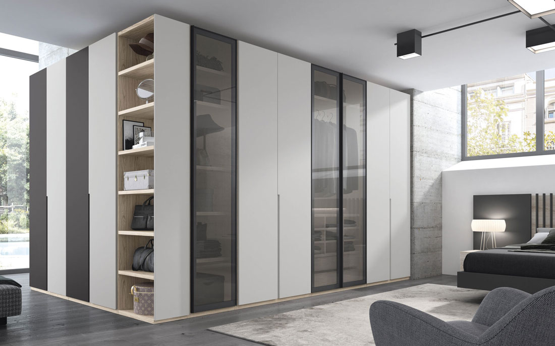 Armario de dormitorio matrimonio con puertas abatibles 10b-0002 madera blanco y cristal fumé