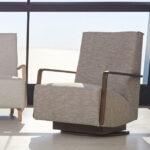 Butaca giratoria 10a-0005 color beige vista ambiente de la colección