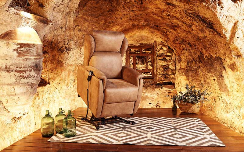 Butaca relax 10f-0009 color marrón vista detalle de posición