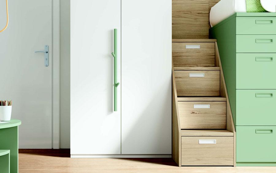 Dormitorio kids con literas 12e-0005 color verde y blanco y madera vista de detalle