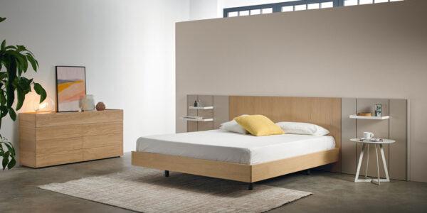 Dormitorio de matrimonio 11a-0004 con acabados en madera y beige vista completa