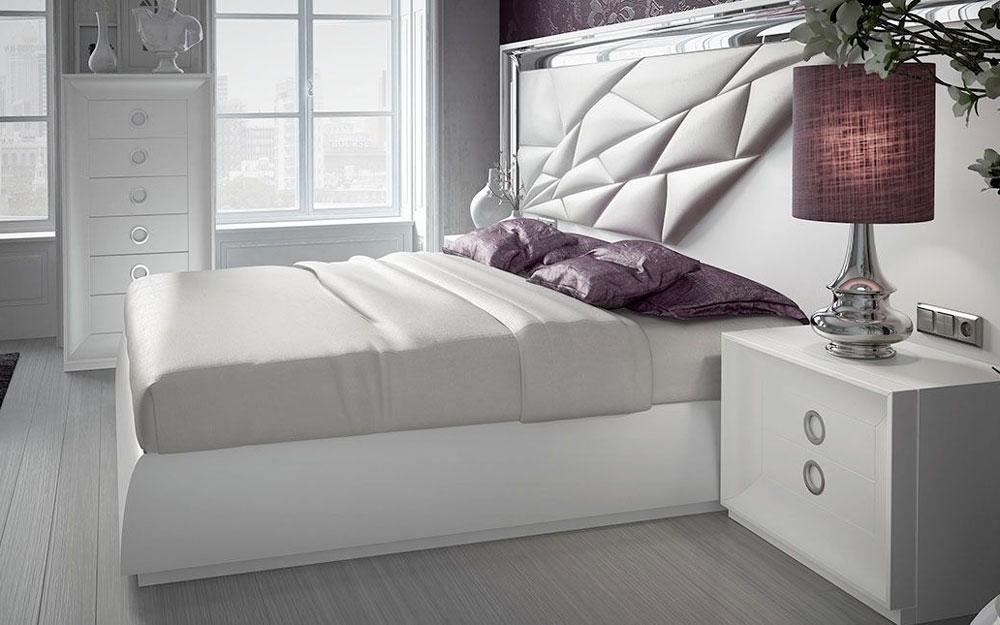 Dormitorio de matrimonio 11a-0081 color blanco y plateado en vista lateral