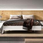 Dormitorio de matrimonio con tarima 11a-0012 color blanco y madera vista frontal
