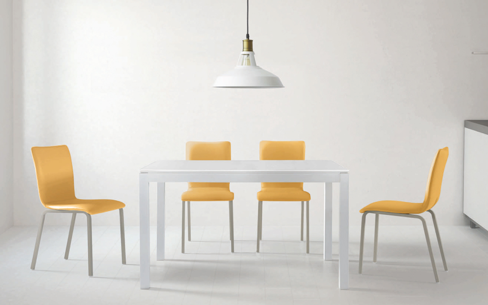 Mesa de cocina cerrada 15b-0003 amarillo y blanco vista ambiente frontal
