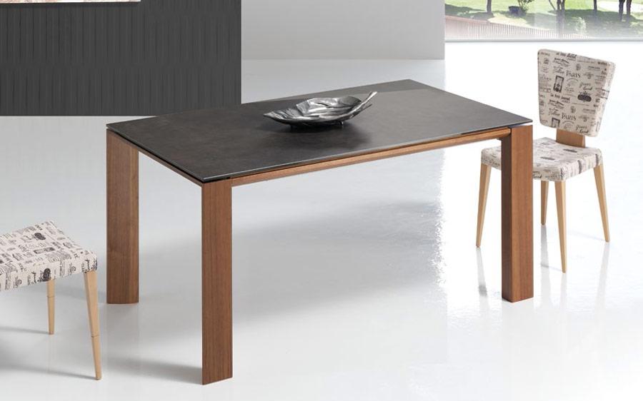 Mesa de comedor extensible 14b-0015 color negro y madera vista ambiente