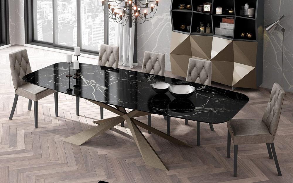 Mesa de comedor 14b-0020 metal dorado y mármol negro vista ambiente