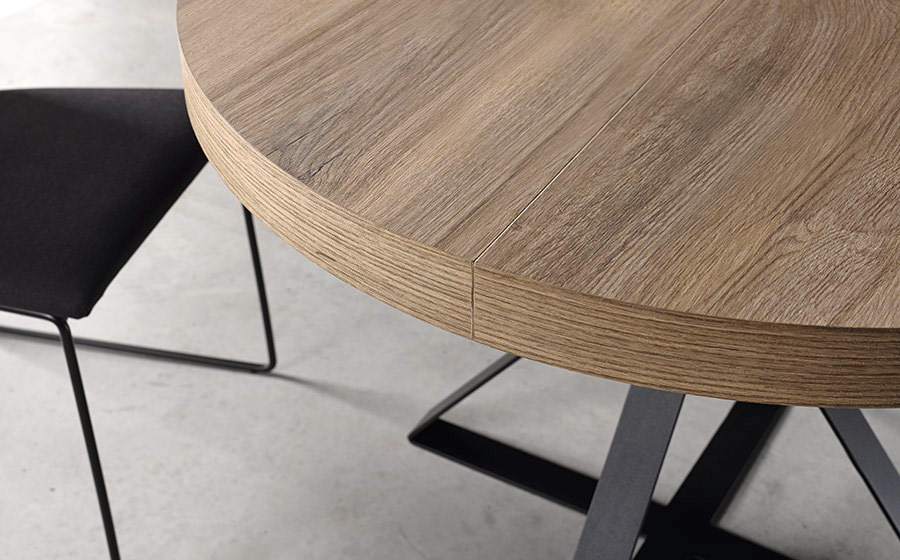 Mesa de comedor redonda extensible 14b-0007 negro y madera vista de detalle