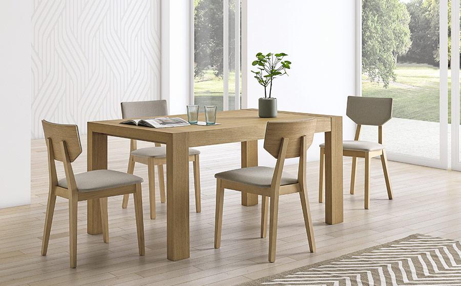 Mesa extensible y sillas de comedor 14b-0024 madera vista ambiente cerrada