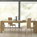 Mesa extensible y sillas de comedor 14b-0024 madera vista ambiente frontal