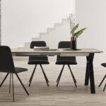 Mesa y sillas de comedor 14b-0027 color negro y madera vista ambiente frontal