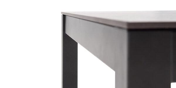 Detalle de patas de mesa de cocina 15b-0001 color gris y marrón vista técnica