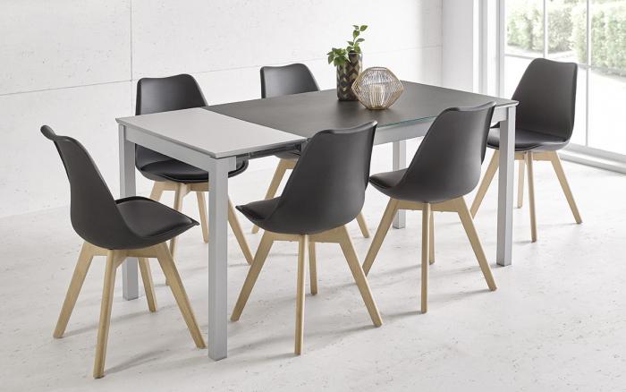 Sillas de cocina 15c-0011 color negro y madera vista ambiente