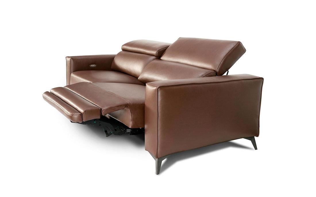 Sofá 2-3 plazas 10d-0015 color marrón vista lateral