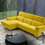 Sofá Chaise Longue 10b-0024 color amarillo vista ambiente