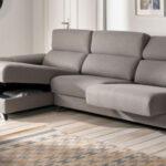 Sofá Chaise Longue 10b-0025 color gris vista detalle de asientos deslizantes y arcón