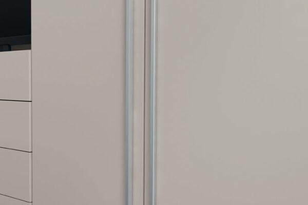 Tiradores de armario de dormitorio con puertas abatibles 11b-0002 color gris vista de detalle
